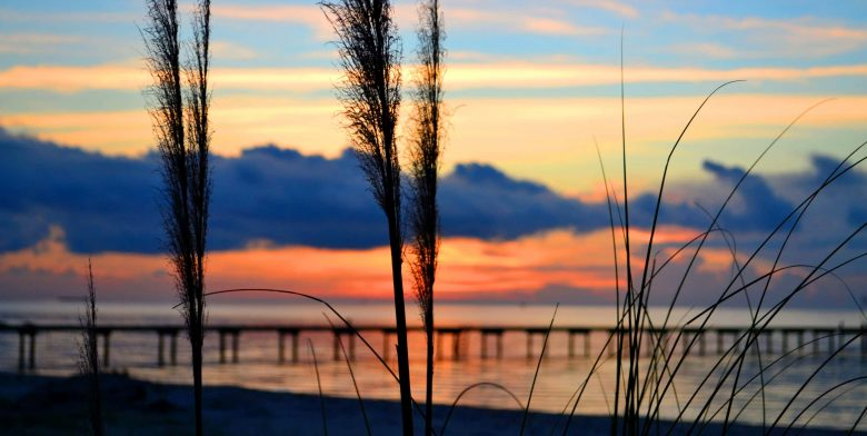 A picturesque sunset on the Chesapeake Bay in Maryland