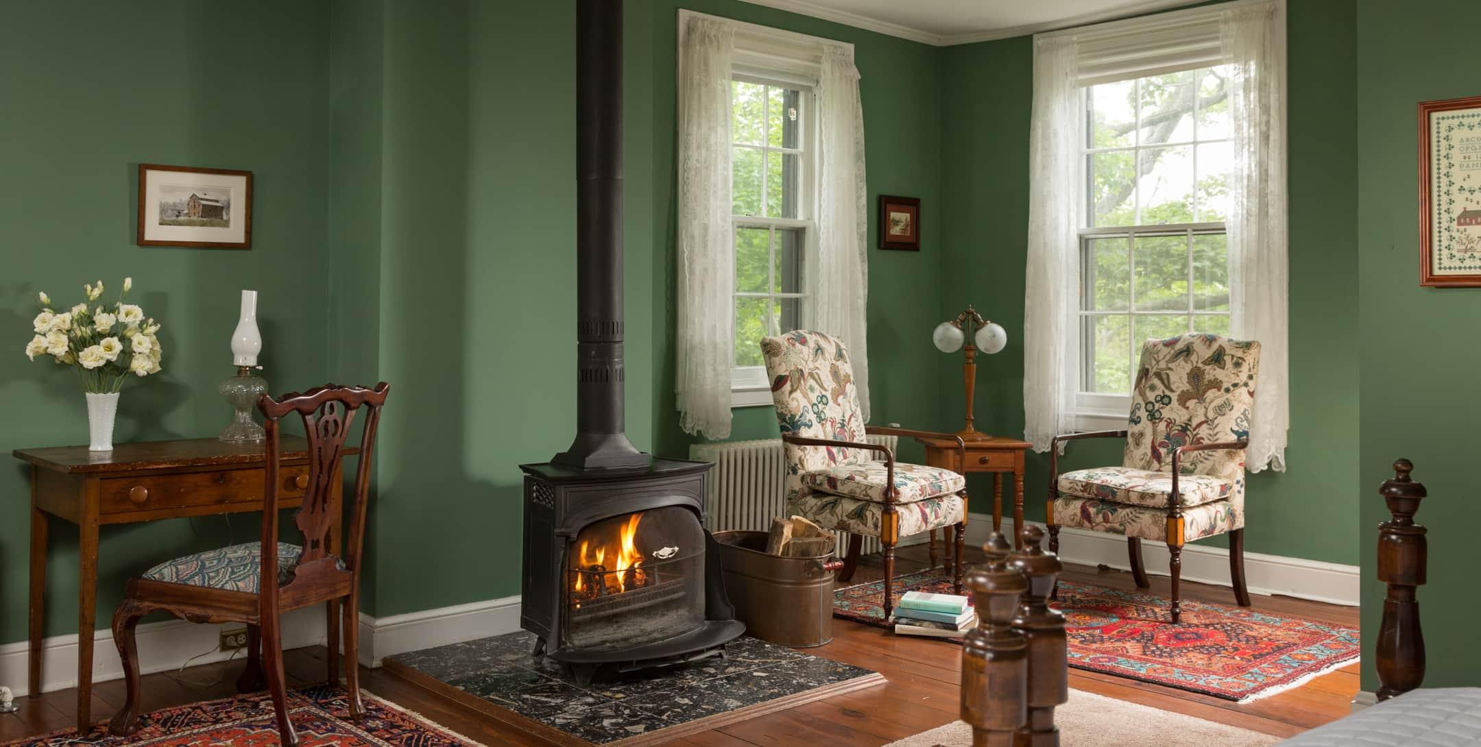 Green Room - Romantic Chestertown Lodging