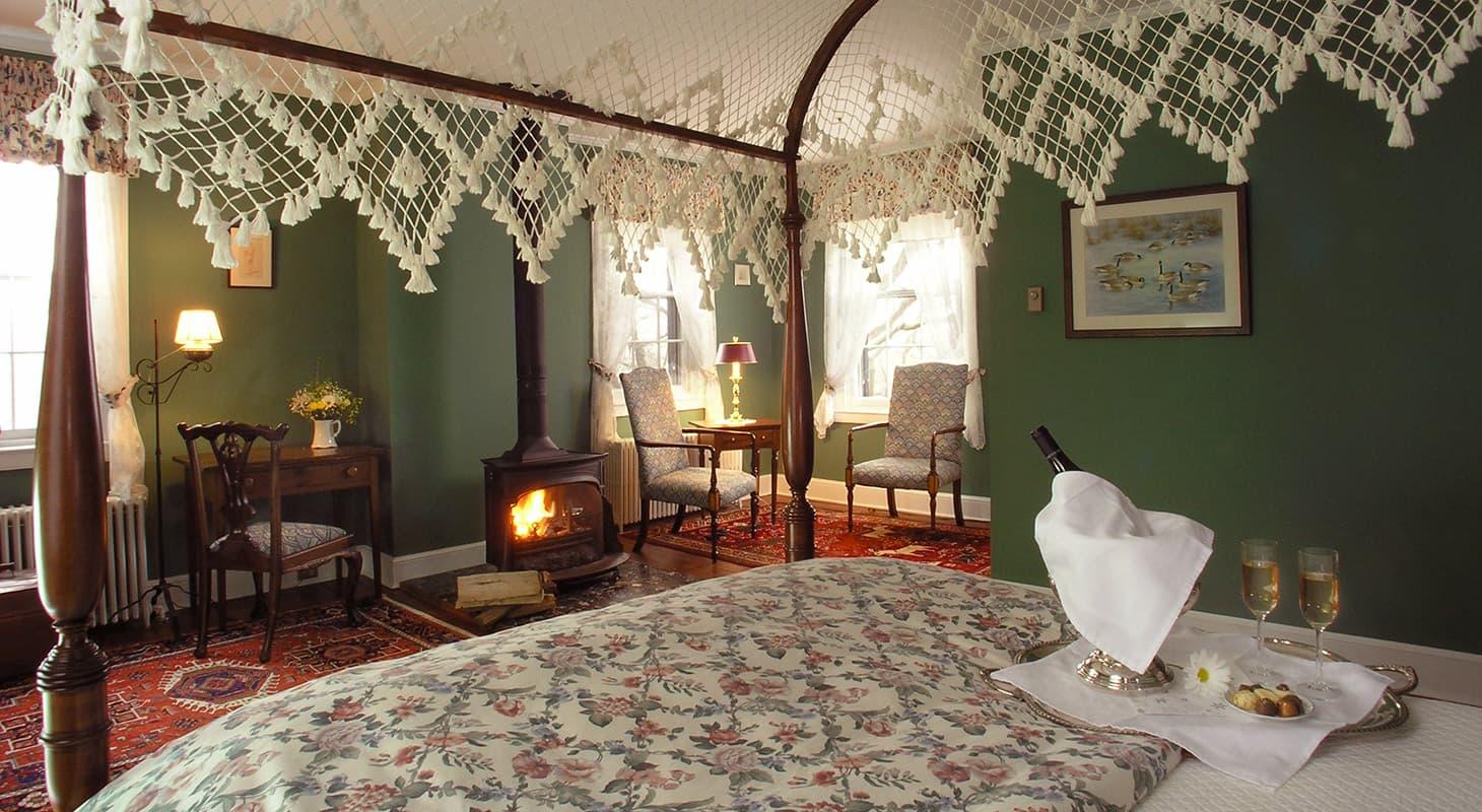 Green Room at Brampton Inn - Romantic Chestertown Lodging