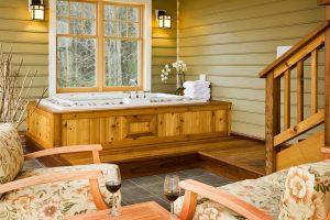 Mulberry Cottage Soaking Tub