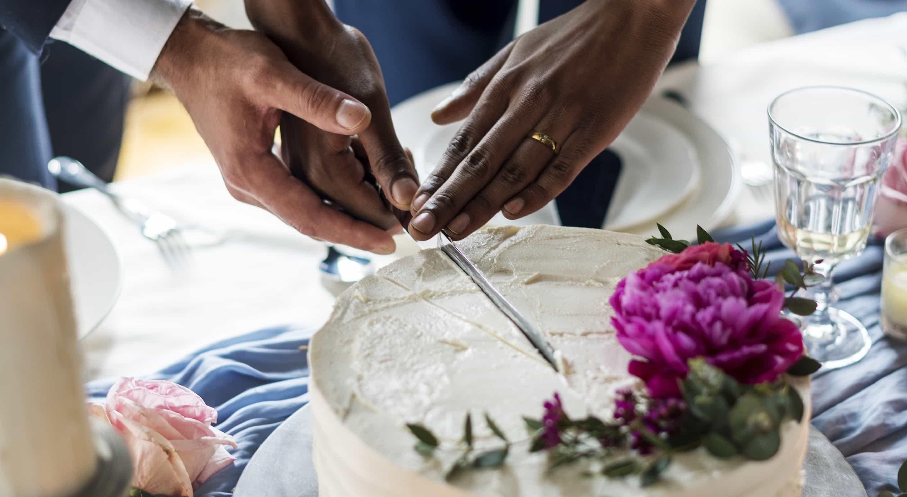 romantic Chestertown wedding cake
