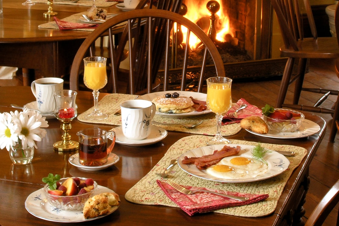 breakfast in from on the fire at Maryland inn