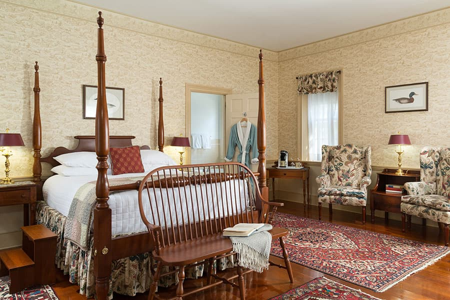 Spacious Guest Room for a Family Reunion in Maryland